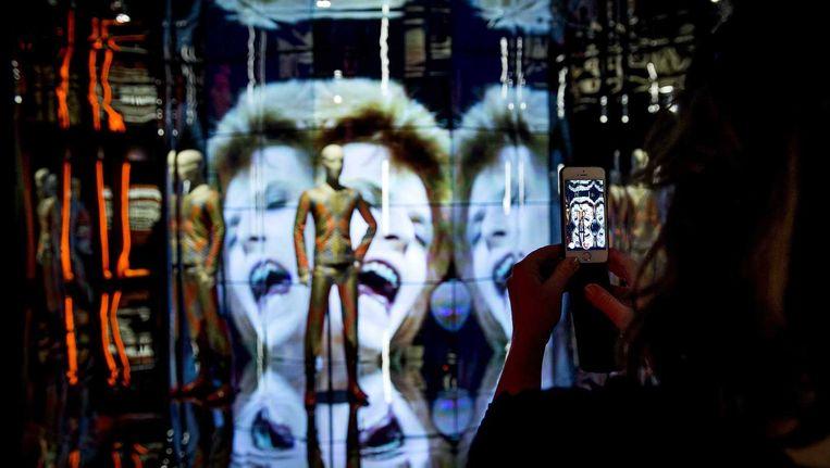 Aalles wat ze over David Bowie Is zeggen, is waar: de tentoonstelling is fan-tas-tisch. Beeld anp