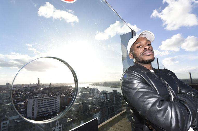 Rapper Desmond, artiestennaam Y.B. Hustle, maakte het nummer 'Antwerp up in This.