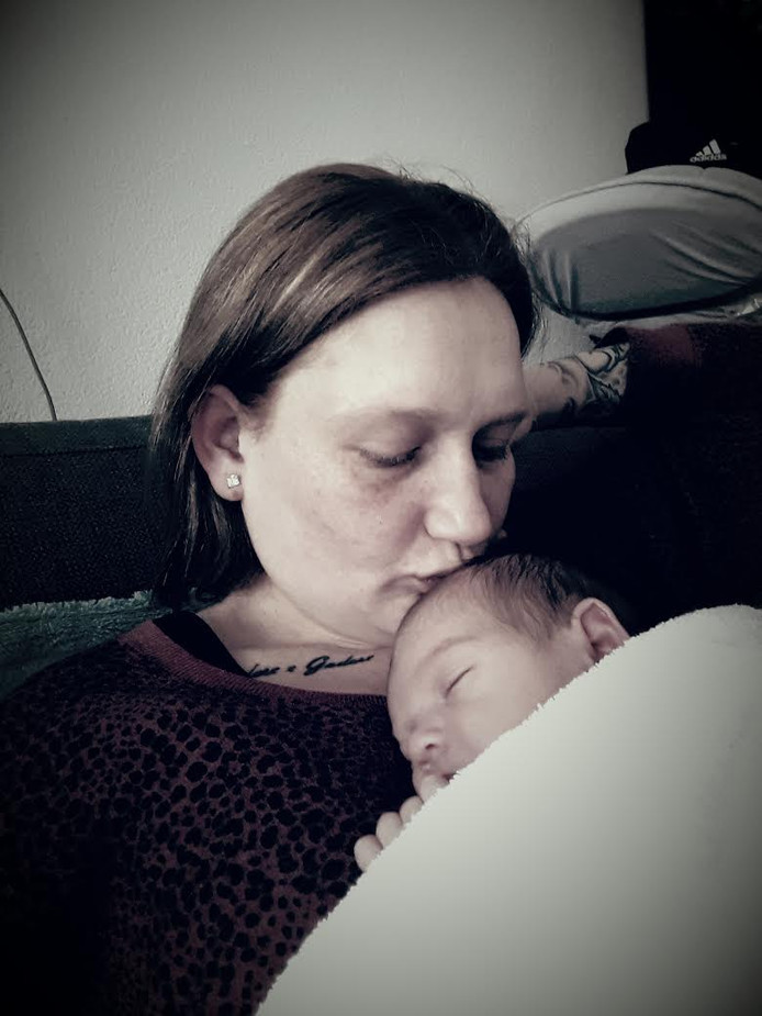 De Kruidvatheldin met haar eigen dochtertje