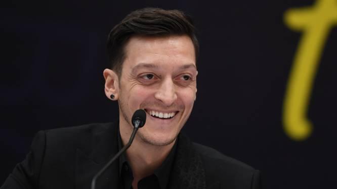 """Mesut Özil sluit terugkeer naar Duitsland uit: """"Zal ook nooit meer voor de nationale ploeg spelen"""""""