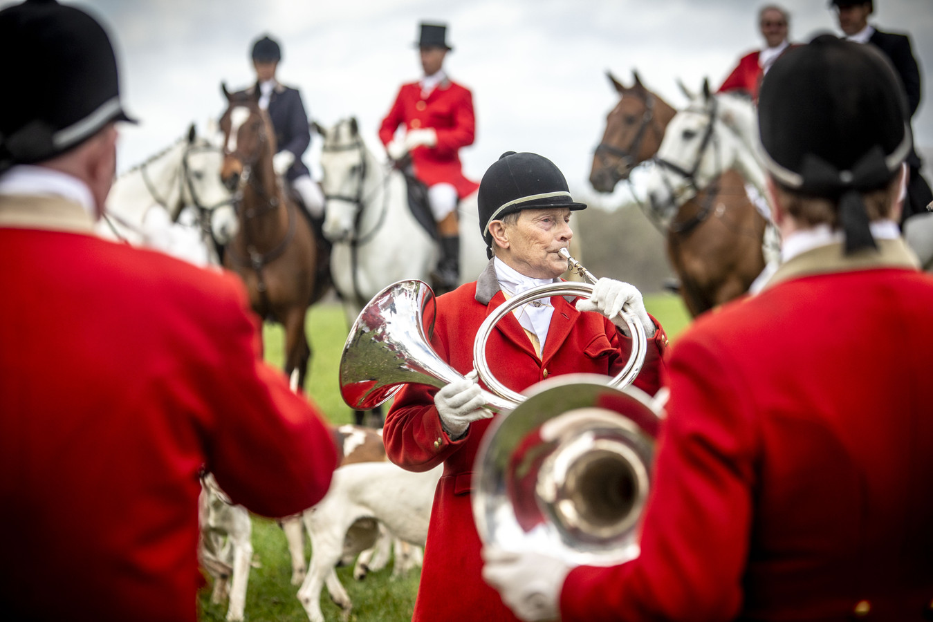 Beelden vlak voor begin jubileumjacht 100-jarige Koninklijke Nederlandse Jachtvereniging.