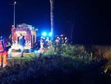 Zwaar ongeluk in Dreischor, auto op kop in de sloot