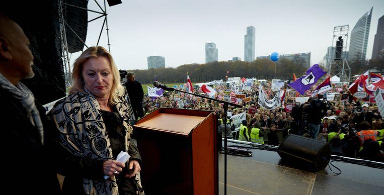 Minister Jet Bussemaker na haar toespraak op het Malieveld. Beeld anp