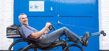 Na 35 jaar stopt Derk Thijs met bouwen van roeifietsen: nu zijn de waterfietsen aan de beurt