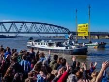 'Plasticmonster' vaart vanuit Nijmegen naar Nestlé in Zwitserland