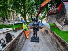 Bristol haalt beeld activiste al na een dag weg van sokkel slavenhandelaar