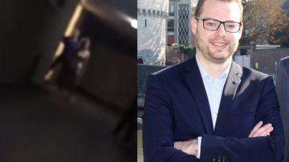 """VIDEO. Kortrijks raadslid gaat zwaar uit de bocht met racistische scheldtirade: """"Waar is je boerka, achterlijke koe"""""""