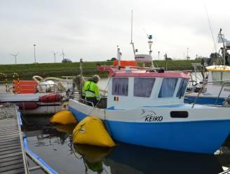 Vissersbootje maakt water en dreigt te zinken in Nieuwpoortse jachthaven