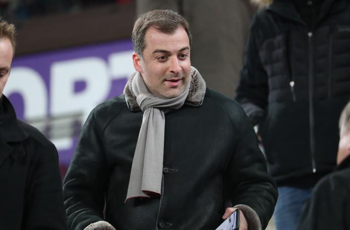 Mogi Bayat op de tribune bij Anderlecht.