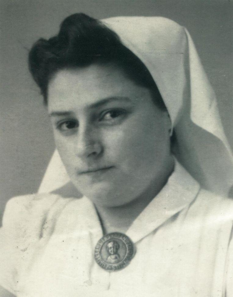 Betty Goudsmit-Oudkerk in uniform in 1943 Beeld Privéarchief