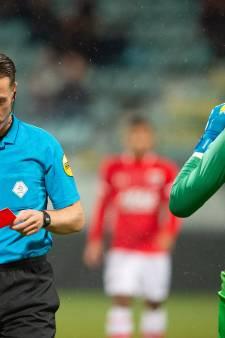FC Twente vangt bot bij tuchtcommissie: doelman Drommel blijft geschorst