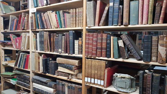 Er staan ook nog heel wat echt oude boeken.