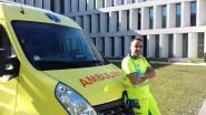 Geen tijd verliezen bij anderstaligen die mogelijk besmet zijn met coronavirus? Ambulancier Bouzid (37) ontwerpt speciale vragenlijst