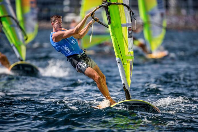 """Windsurfer Dorian van Rijsselberghe gaat opnieuw voor goud: """"Letterlijk álles wat ik doe staat in het teken van Tokio."""""""