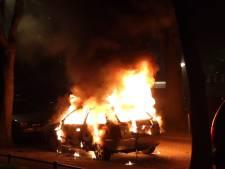 Getuigen gezocht van reeks brandstichtingen aan auto's