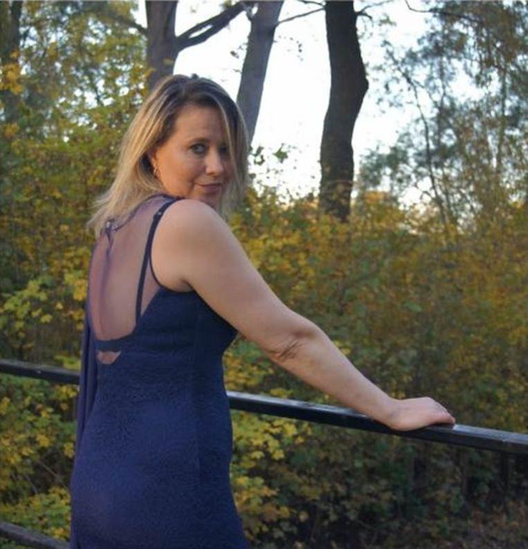 Zangeres Mayke Vanes uit Wieze heeft een nieuwe single klaar.