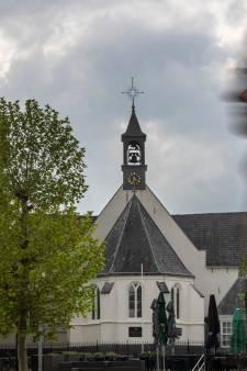 Dominee Veenendaalse kerk op non-actief om liefdesaffaire met getrouwde vrouw