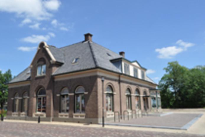 Het oude gemeentehuis in Hengelo krijgt een horeca-invulling.