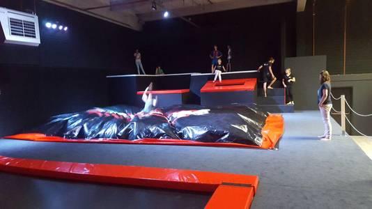 trampolinehal rotterdam grootste van europa' | rotterdam | ad.nl