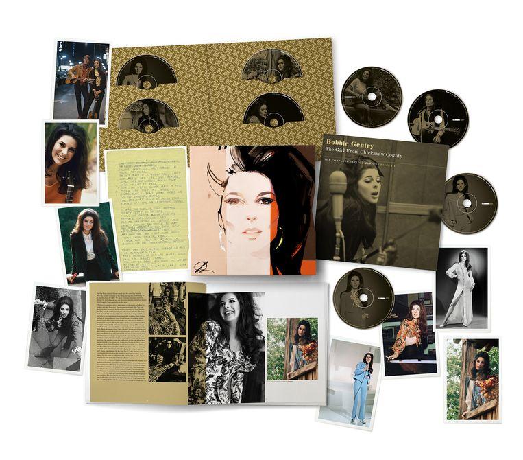 De nieuwe cd-box The Girl from Chickasaw County  The Complete Capitol Masters, met alle muziek van Bobbie Gentry. Beeld