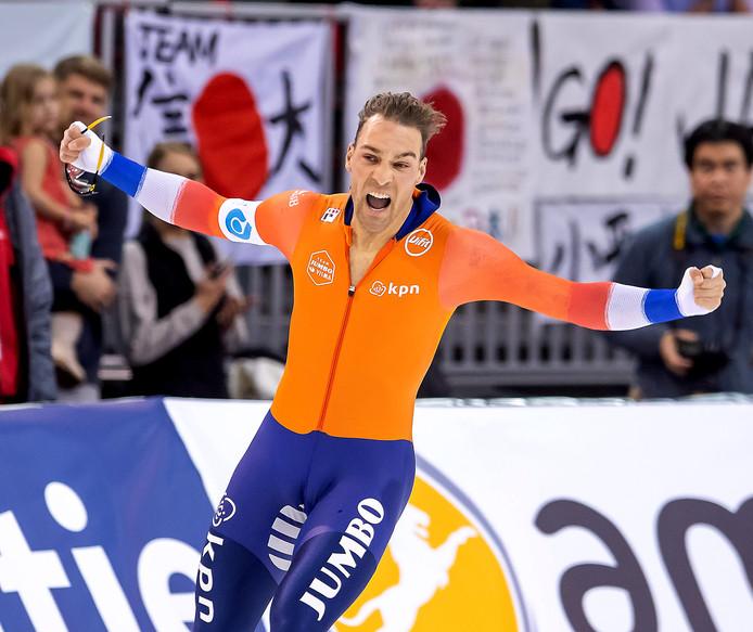 Kjeld Nuis na zijn gouden 1500 meter.