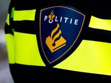 Mannen op scooter beroven jongen (16) van telefoon in Sliedrecht; politie zoekt getuigen