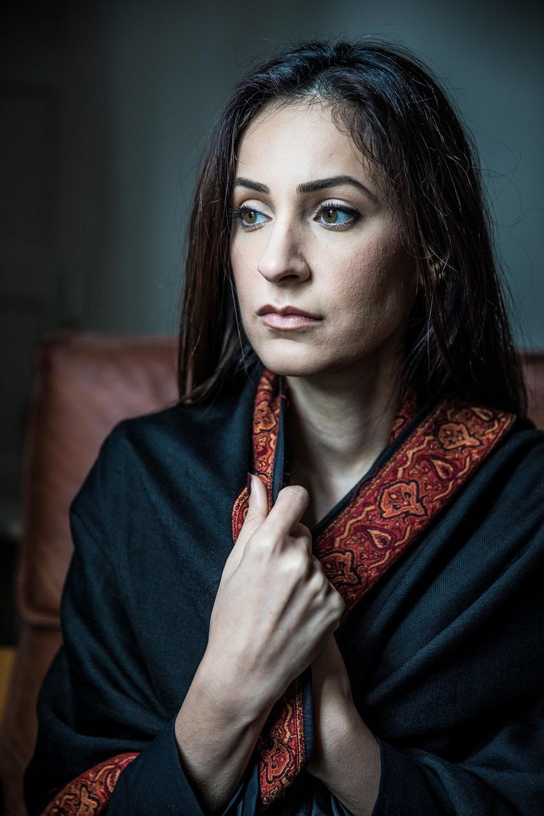 Nadia Rashid, de moeder van de 3-jarige Insiya. Beeld Marlena Waldthausen / de Volkskrant