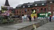 Volksdorp op Markt, Vesten en Kapelmuur tijdens Ronde van Vlaanderen