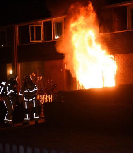 Rechtbank: brandstichtingen in Almelo waren pogingen tot liquidatie