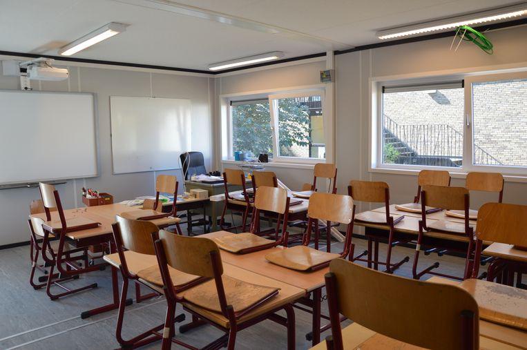 Eén van de nieuwe klaslokalen voor het vierde leerjaar van basisschool de Kameleon in Ninove.