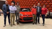 Nog geen rijbewijs maar wel al auto: veertienjarige Brent Maes wint Fiat Panda