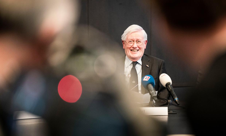 Hans Wiegel tijdens de eerste bijeenkomst van het informatieproces voor Zuid-Holland, begin april.