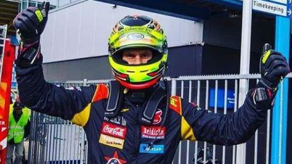 """Tom Boonen wint 24 uur van Dubai én uit de kluiten gewassen trofee: """"Hoe krijg ik die thuis?"""""""