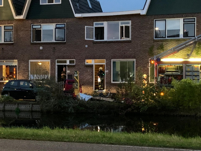 Brand in een woonhuis aan de Emmakade in Bodegraven.