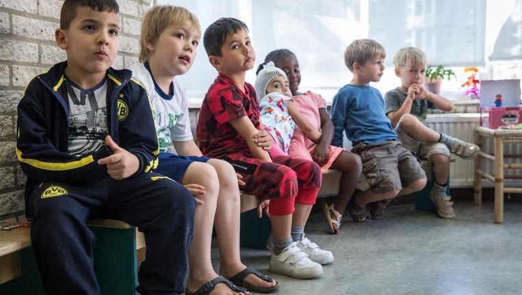 'Sommige scholen hangen lijsten op van ouders die nog niet hebben betaald' Beeld Dingena Mol
