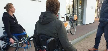 Someren haalt hindernissen voor rolstoelers in het centrum weg