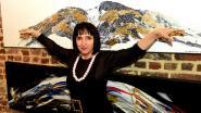 Madame XXX stelt haar werken tentoon in De Cam