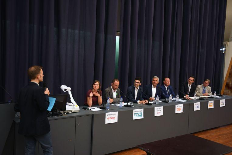 Het debat van de Leuvense Persclub in aula PDS was het allerlaatste in de belangrijkste politieke week in Leuven sinds 1994.