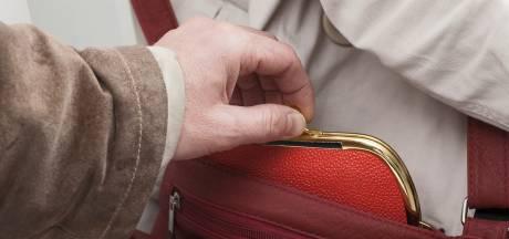 Nijmegenaar ontkent stelen portemonnees oudere dames in de Achterhoek: 'Klopt gewoon niet'