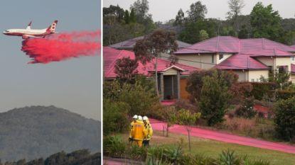 Hele wijk kleurt roze na misser blusvliegtuig