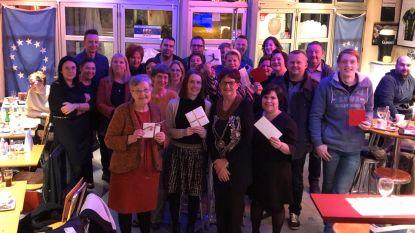 Comista en gemeentebestuur delen voor 1.575 euro aan waardebons uit na eindejaarsactie