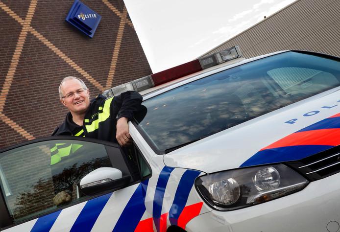 Frans van Meijl neemt afscheid van de politie in Asten