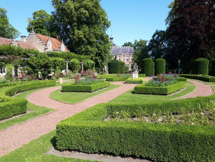 Toerist in eigen stad: De symmetrische Franse tuin van Bouvigne.