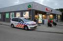 Het slachtoffer werd naar een benzinestation gebracht.