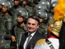 Bolsonaro envoie l'armée pour lutter contre les incendies en Amazonie