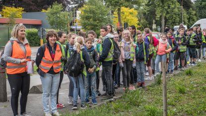 400 leerlingen Arkorum te voet naar Dadizele