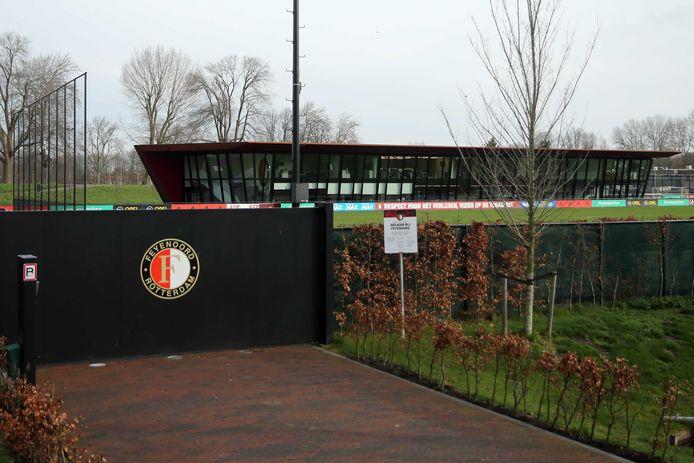 Het trainingscomplex 1908 van Feyenoord is afgesloten.