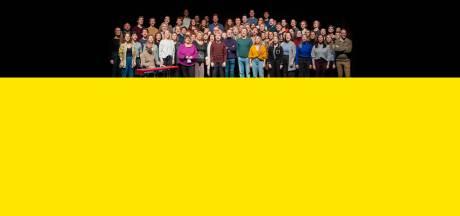 VIDEO. Musicalwereld verzamelt in Fakkeltheater voor muzikaal protest tegen besparingen