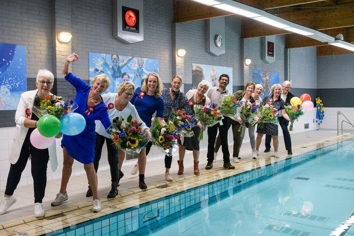 De stichting Sport en Recreatie Tubbergen bestaat 25 jaar. Tegelijkertijd zijn tien medewerkers van het eerste uur 25 jaar in dienst.