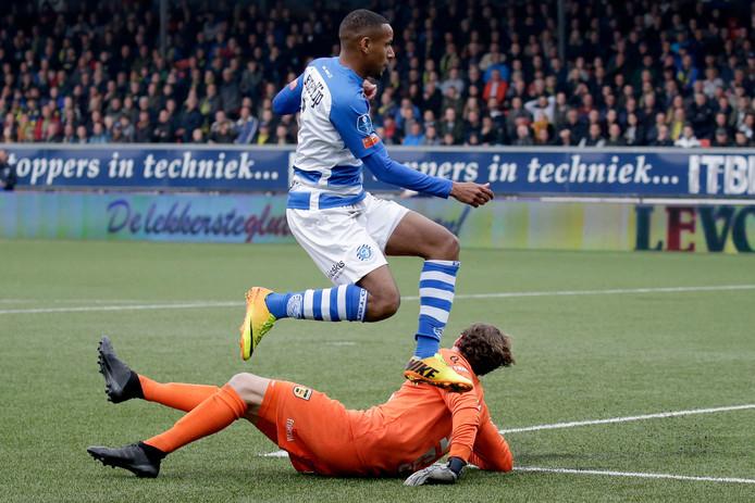 Furdjel Narsingh keert terug in de basis bij De Graafschap.